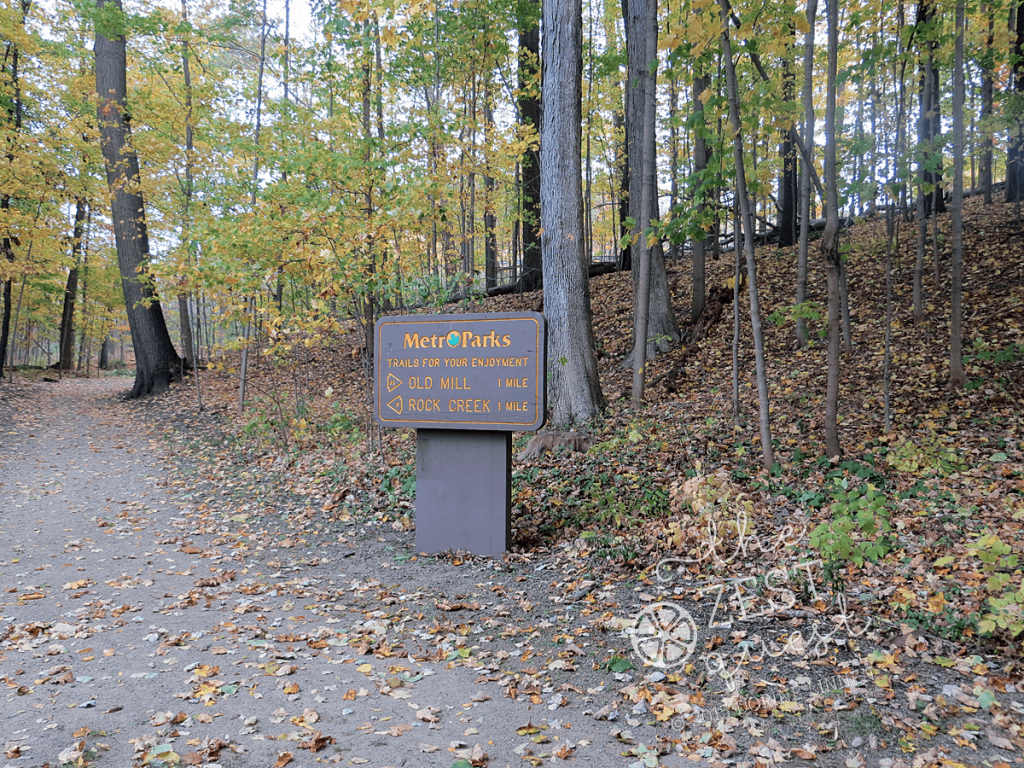 Hiking-Challenge-2015-Ohio-Hike-3-Richfield-Furnace-Run-trail-beginning-signage-2-The-Zest-Quest