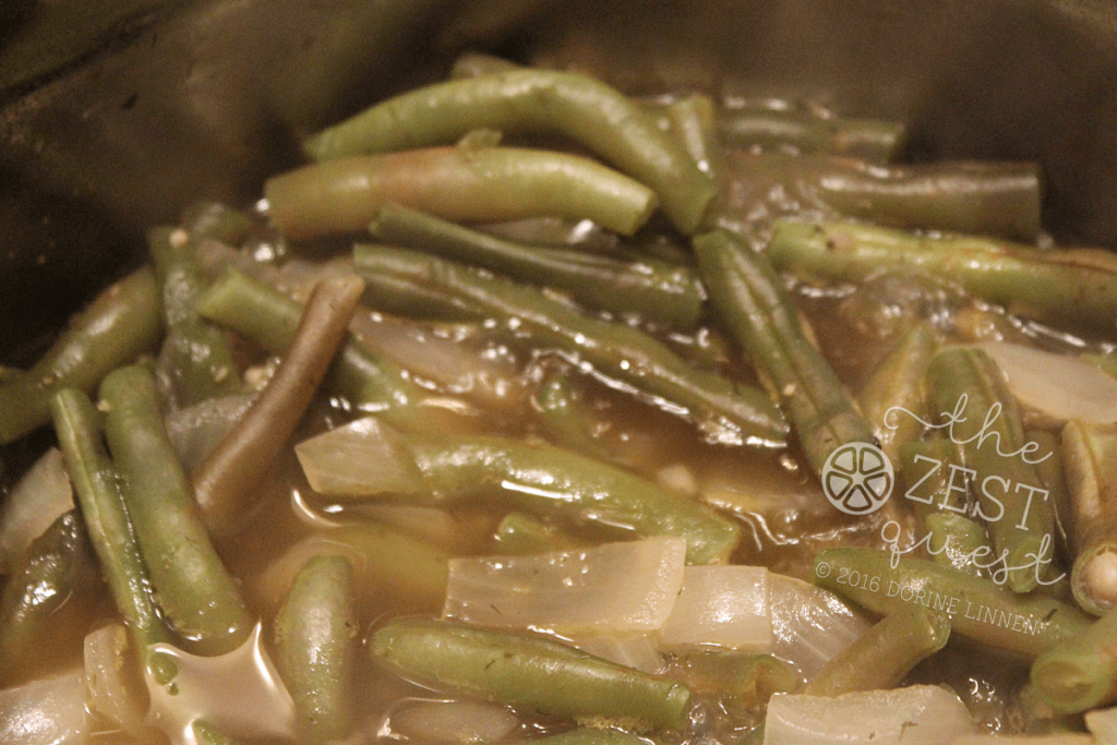 Purple-Filet-Beans-are-green-after-cooking-with-traces-of-purple-2-The-Zest-Quest